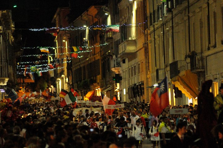 the world in Teramo during the big opening parade